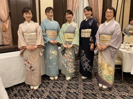 すみれ堂新年会の様子_f0176305_20244219.jpeg