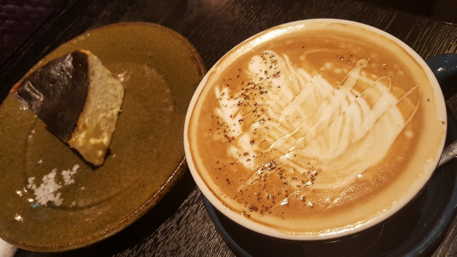 Cafe_f0126121_11331469.jpg