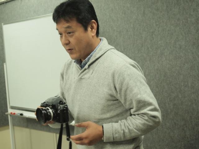 第23回 好きやねん大阪カメラ倶楽部 例会報告 今月のテーマ 一眼レフ_d0138130_18242737.jpg