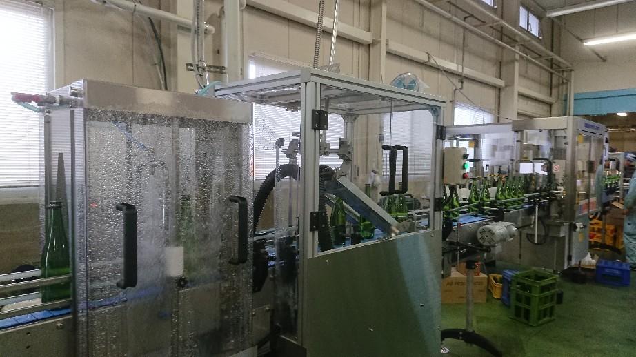 瓶詰め工場の新築建て..._d0174738_11062874.jpg