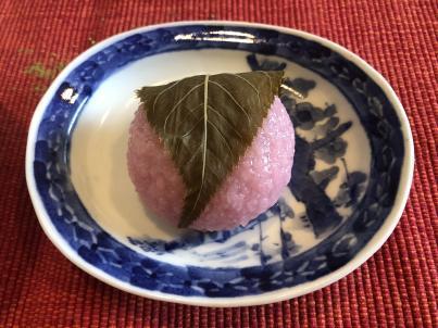 今年初の桜餅_c0341450_16301459.jpg