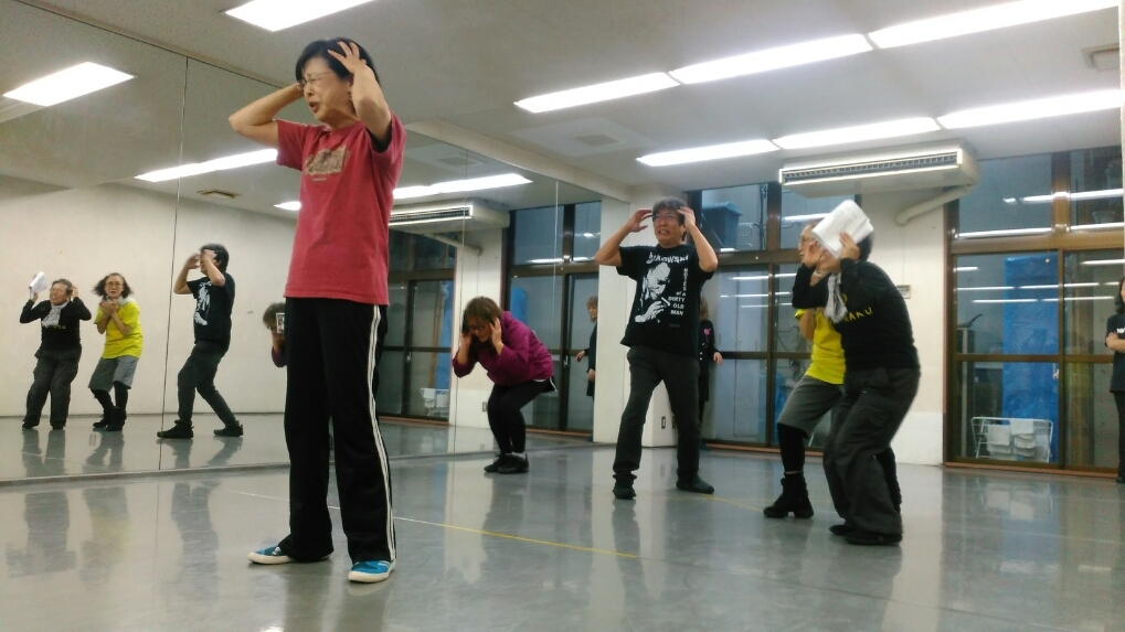 コタンかダンスか、ダンスかコタンか・・・_a0132151_22203918.jpg