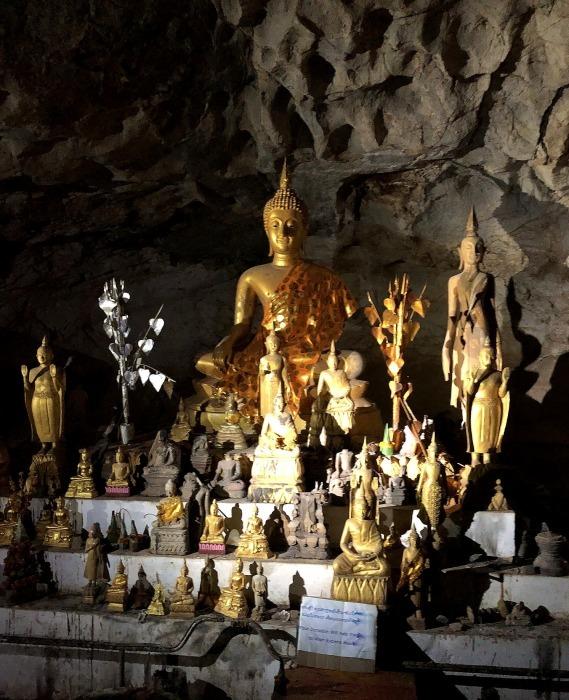 """ラオスの旅 17 絶壁の洞窟 """"パークウー洞窟""""@メコン川クルーズ_a0092659_17203339.jpg"""