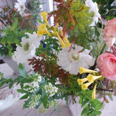 オークリーフ花の教室(山田さんの作品)_f0049672_19083028.jpg