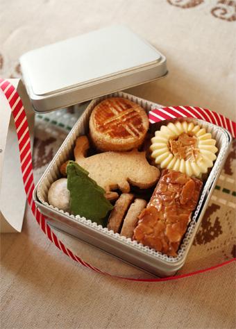 かわいいクッキー缶をつくろう_d0157677_14492593.jpg