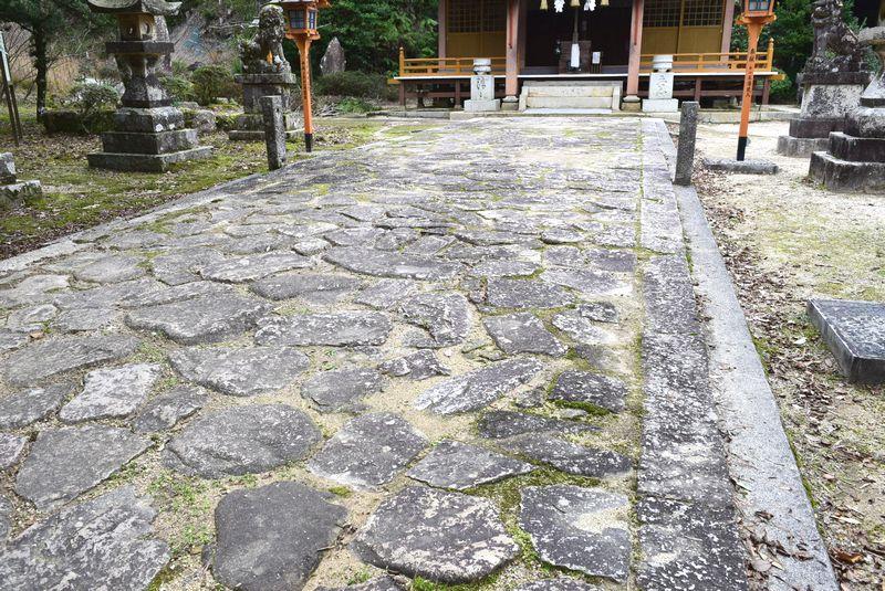 防府・山口のぶらり旅 ・・・「弾除け神社」と呼ばれた三坂神社_d0061579_161135.jpg