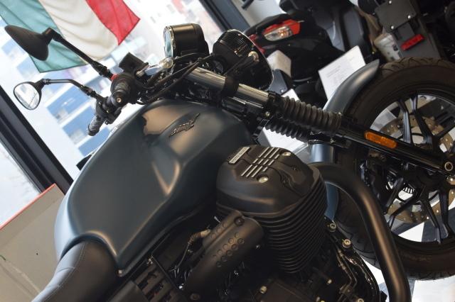 MOTO GUZZI V7Ⅲ ナイトパック  プンゲンテブルー入荷_d0099181_15022092.jpg