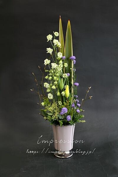 定期装花から 孔雀アスター:八重パープル_a0085317_16560222.jpg