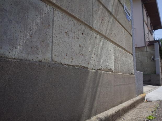 木質化支援事業と危険ブロック塀の除却_b0142417_14361931.jpg
