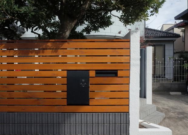 木質化支援事業と危険ブロック塀の除却_b0142417_16425615.jpg