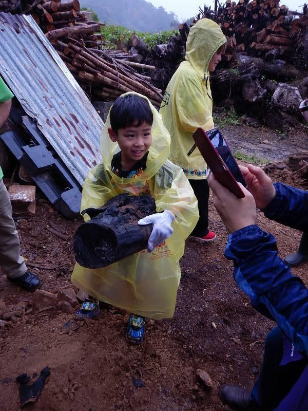 2019年度 第7回 くんじゃん山学校 ~炭は何からできてる?!~_f0121321_11080146.jpg