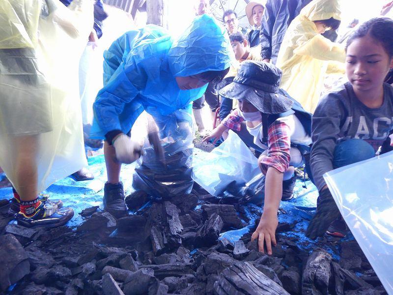 2019年度 第7回 くんじゃん山学校 ~炭は何からできてる?!~_f0121321_11101133.jpg