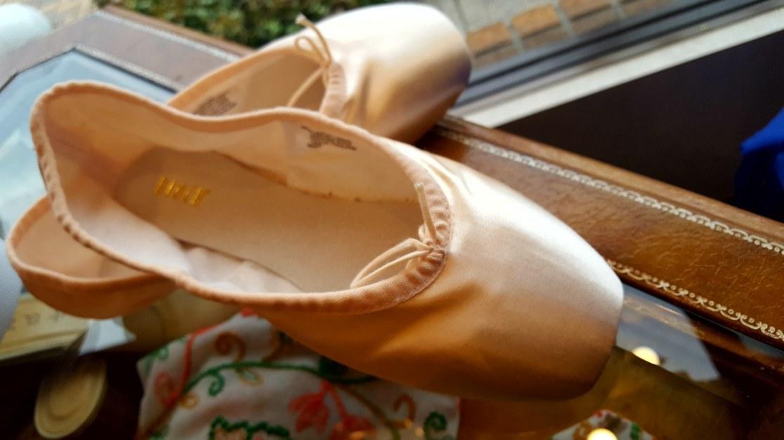 Ballet shoes_f0126121_19331923.jpg
