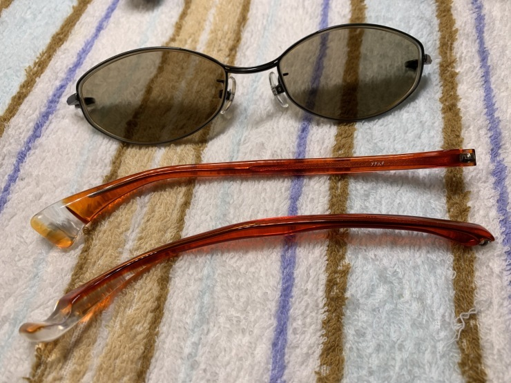16年使ったメガネフレームを磨く!_f0103126_19185118.jpg