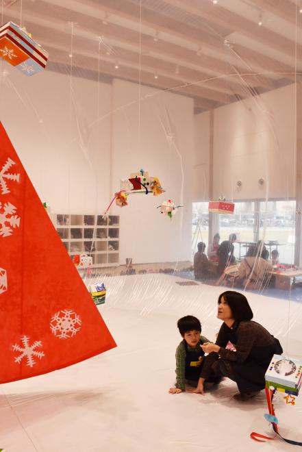 ワークショップ「みんなで飾るクリスマスドーム」を開催しました!_c0222139_14584963.jpg