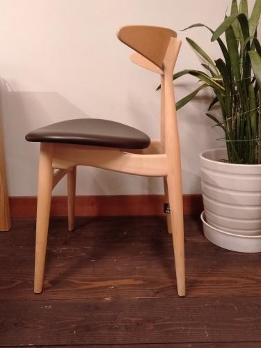 北欧の椅子『CH33P』_b0211845_15084023.jpg