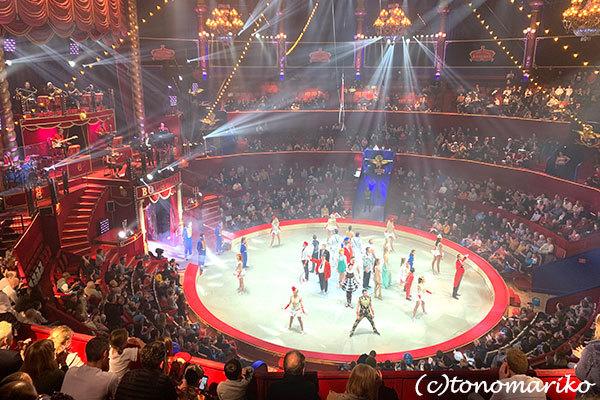 パリの冬イベント「冬のサーカス」_c0024345_20492996.jpg