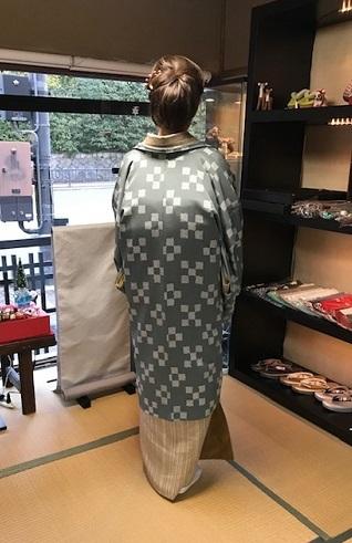 野田さんコンサート&ご来店のお客様・縞の着物に長羽織。_f0181251_19010452.jpg