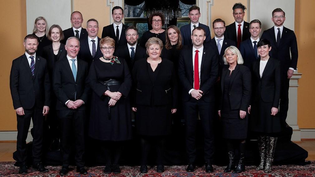 ノルウェー新内閣とIS問題_c0166264_17524802.jpg