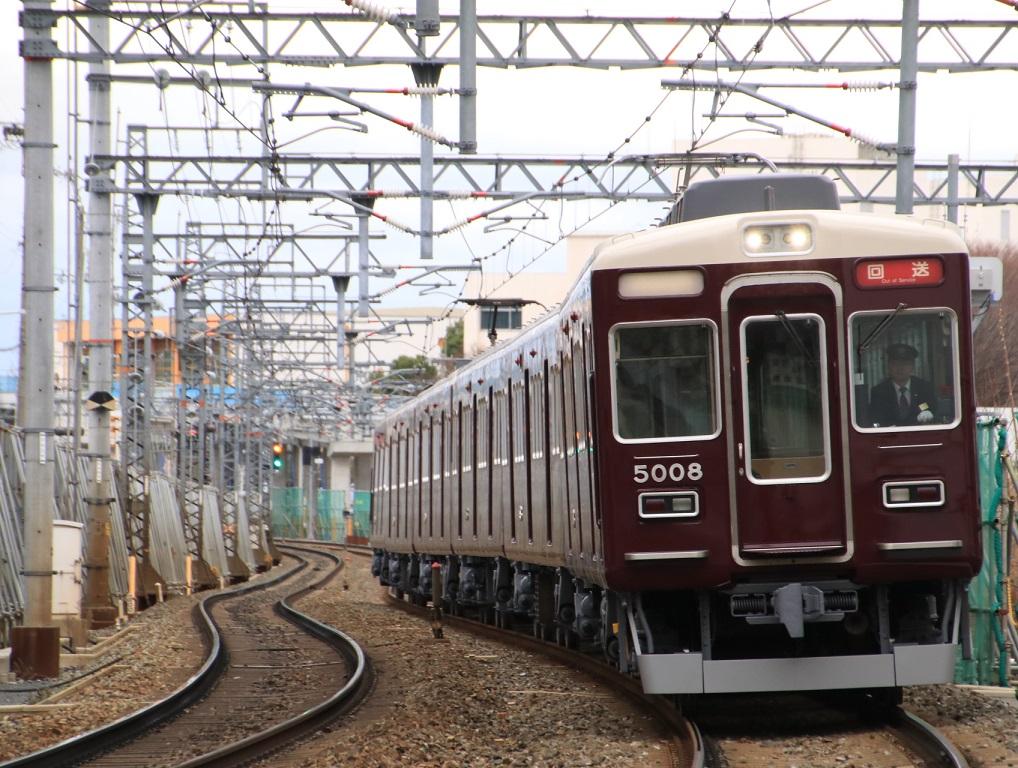 阪急5000系 5008F 返却回送・・_d0202264_1553341.jpg