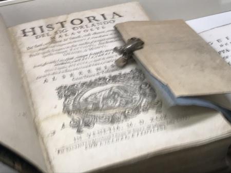 素敵な古書の世界へ_a0136671_09244335.jpeg