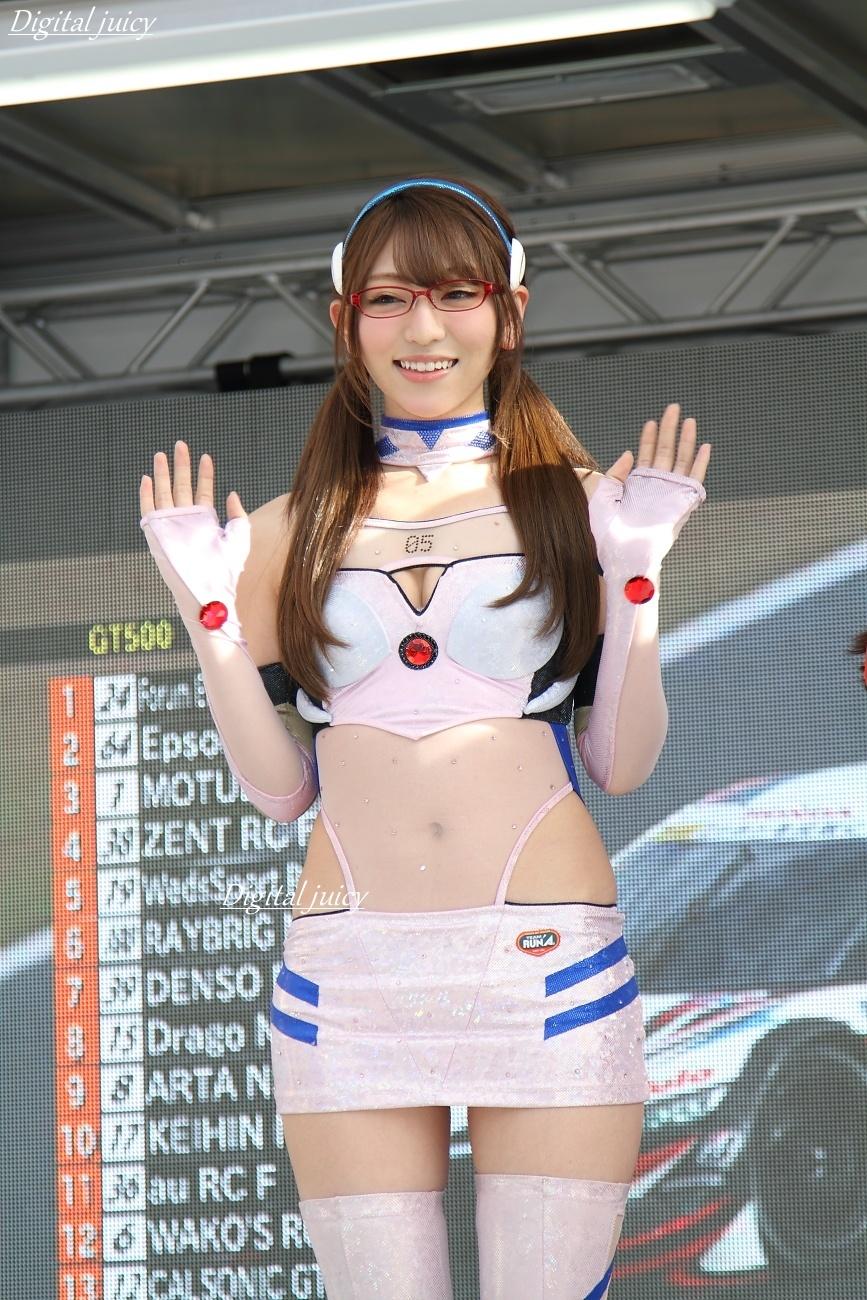 神尾美月 さん(エヴァンゲリオンレーシング レースクイーン)_c0216181_23281649.jpg