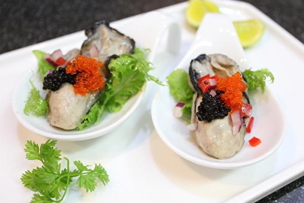 牡蠣の麻婆豆腐と、作りおきの牡蠣のオイル漬けのおはなし。_a0223786_14595035.jpg