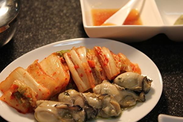 牡蠣の麻婆豆腐と、作りおきの牡蠣のオイル漬けのおはなし。_a0223786_15172344.jpg
