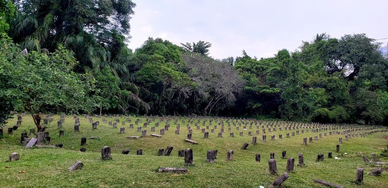 山下奉文中将率いる日本陸軍マレー半島縦断「マレー電撃作戦」の足跡をたどるとともに、日本軍の慰霊に参加。_c0186691_10181808.jpg