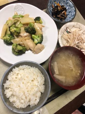 鶏肉とブロッコリーのオイマヨ炒め_d0235108_21181964.jpg