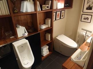 トイレは神様です?!_d0091909_11282653.jpg
