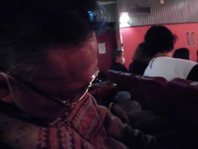 浅草で昼飲み、落語を満喫した「とことん東京・修学旅行」その2_f0141310_08080235.jpg
