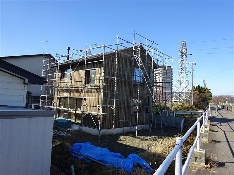 仙北町の家 仕上げの工程が進行中!_f0105112_04093812.jpg
