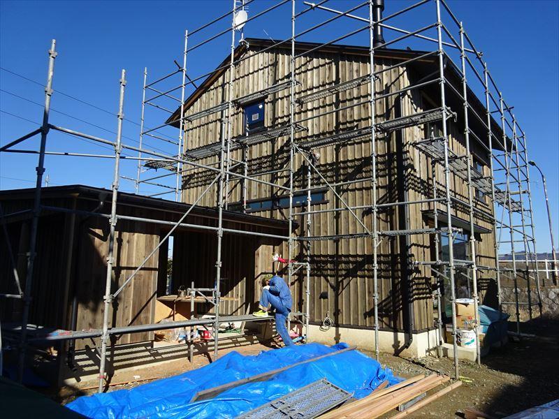 仙北町の家 仕上げの工程が進行中!_f0105112_04093942.jpg