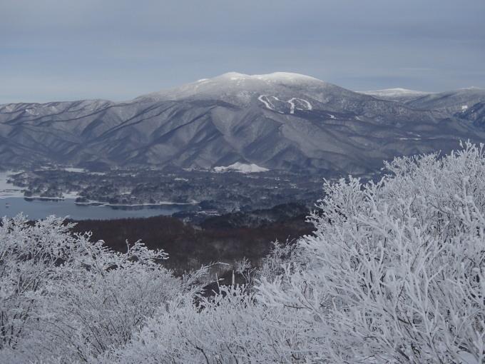 猫魔スキー場で初滑り_c0141223_17345470.jpg