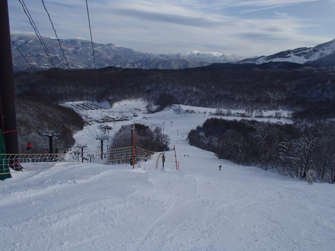 猫魔スキー場で初滑り_c0141223_17370463.jpg