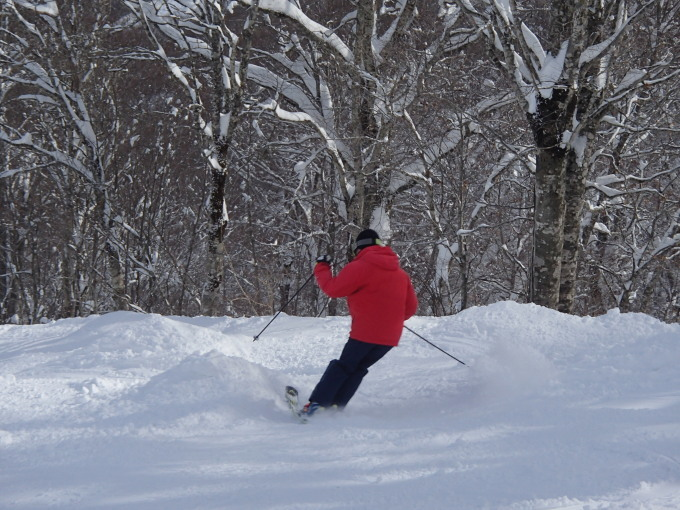 猫魔スキー場で初滑り_c0141223_17391328.jpg