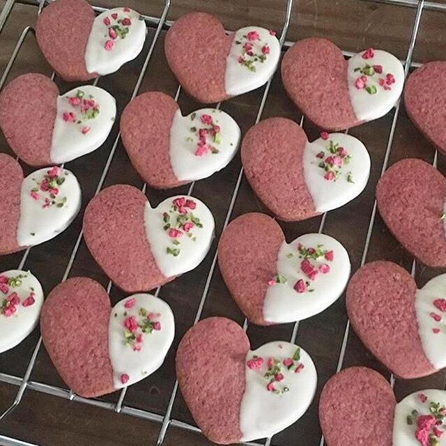 菓子店yonna お菓子の販売日_b0241033_14260017.jpg