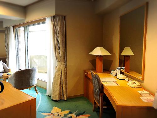 白浜古賀の井リゾート&スパ_e0292546_01035164.jpg