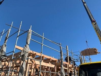 木組みの家が上棟しました。_e0010955_23592812.jpg