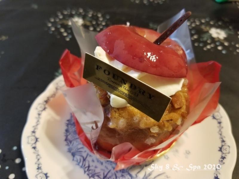 ◆「丸ごと焼きりんご」?!@FOUNDRY(2020年1月)_d0316868_09472867.jpg