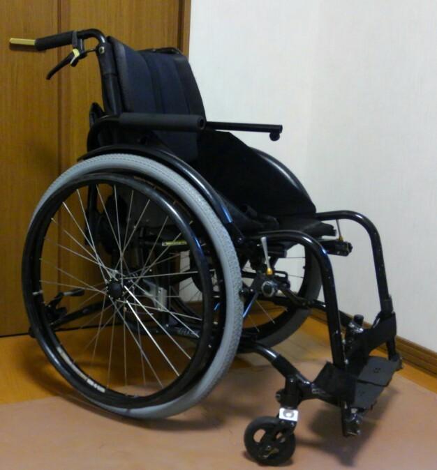 中古車椅子 OXエンジニアリングneo  日進医療機器_a0216771_10262950.jpg