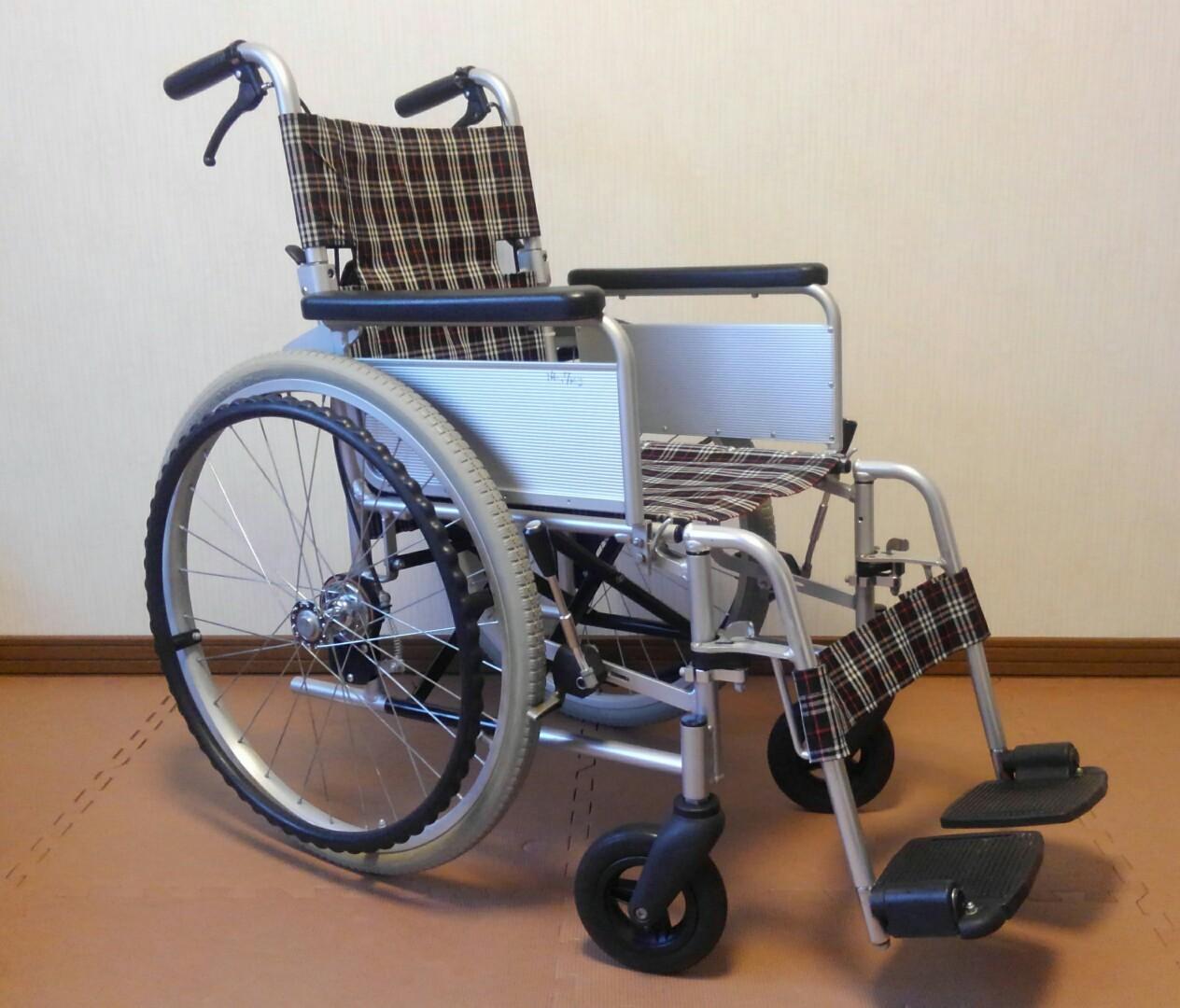 中古車椅子 OXエンジニアリングneo  日進医療機器_a0216771_10263059.jpg
