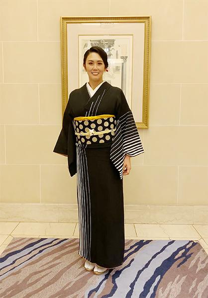 こんな風に着てみたい☆大人モダンな黒の着こなし_b0098077_15164146.jpg