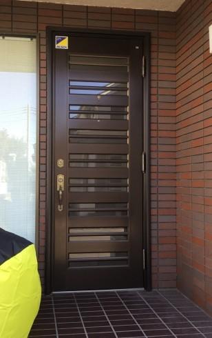 リフォーム玄関ドア_e0190287_17213972.jpg