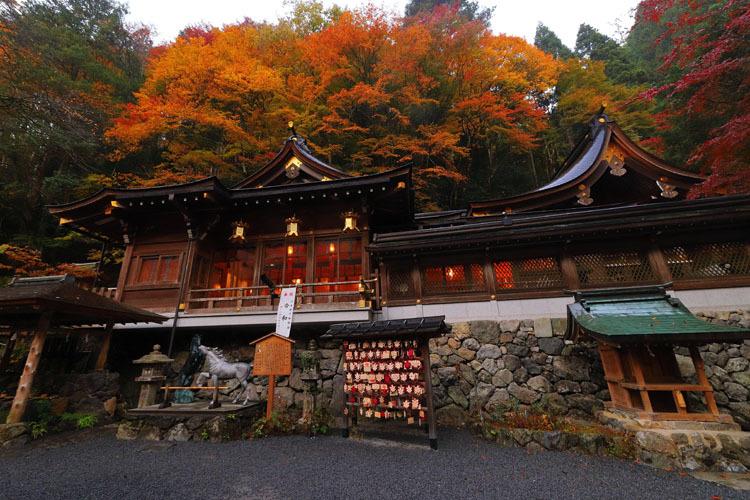 貴船神社_e0051888_22052465.jpg