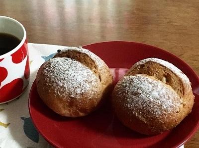 朝ごパンとカンパーニュとご報告。_f0231189_22085386.jpg