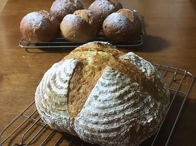 朝ごパンとカンパーニュとご報告。_f0231189_22091347.jpg