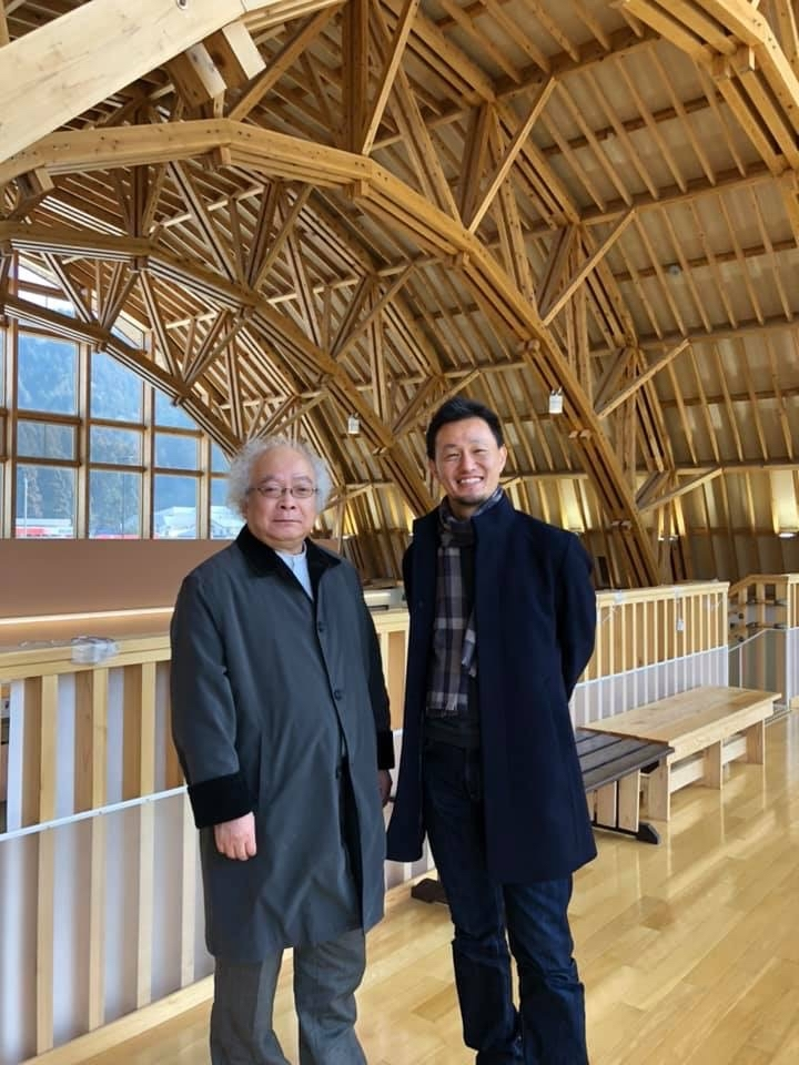 村上さんを木造の建築と住宅と風力発電_e0054299_17371521.jpg