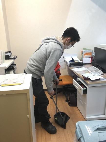 1月30日(木)本店ブログ★ ポルシェ パナメーラ あります✊_b0127002_16293197.jpg